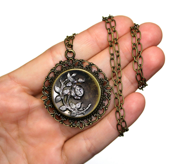 Victorian Rose Necklace #antique #jewelry #victorian #edwardian #rose