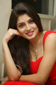 Priyadarshini Glam Pics in Red at Dillunnodu audio-thumbnail-8