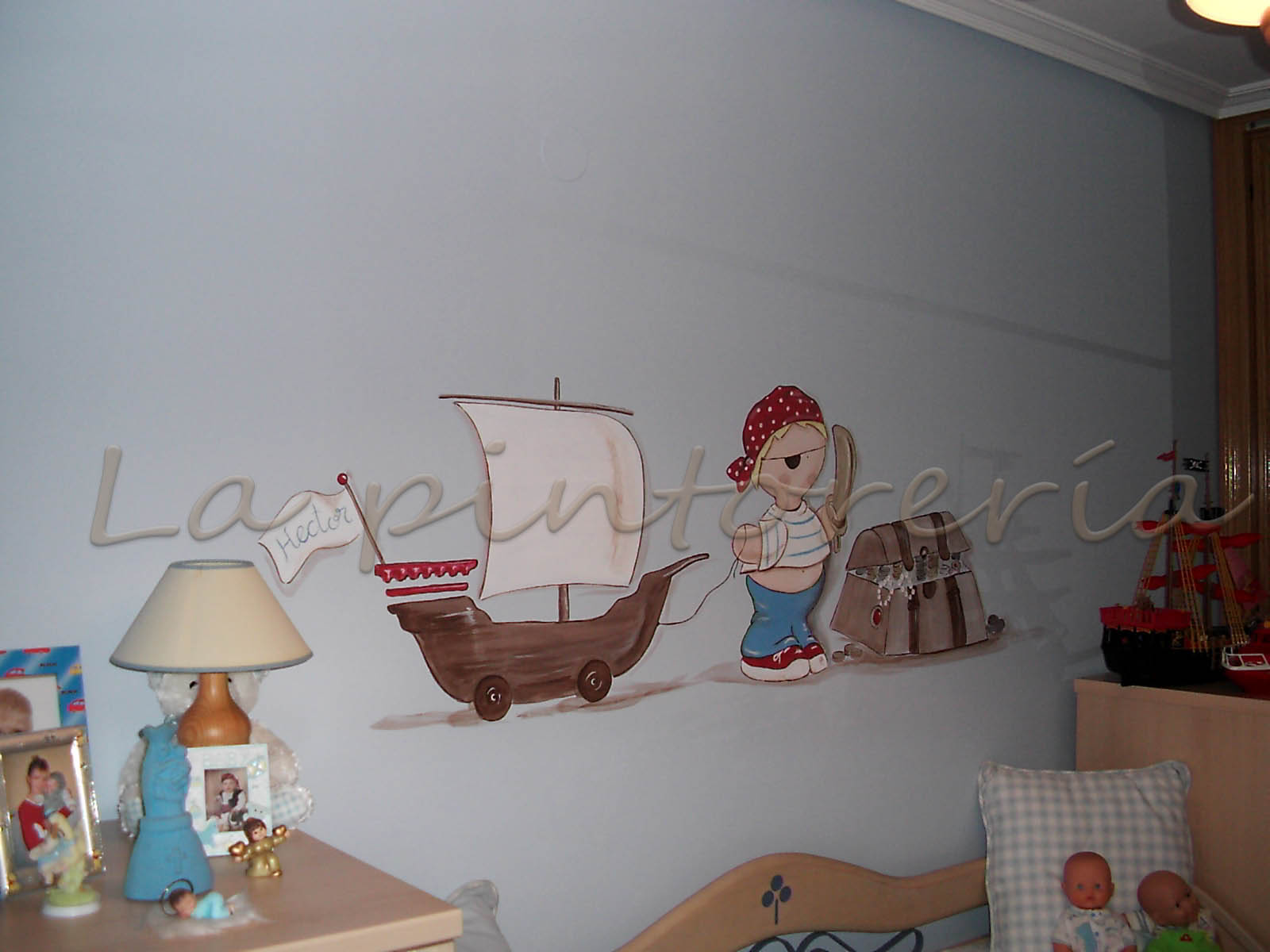 peinture murale pour chambre garcon avec