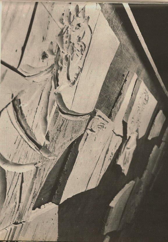 1962-DÉTAIL DU PONCE PILÂTRE AVANT L'ÉMAILLAGE