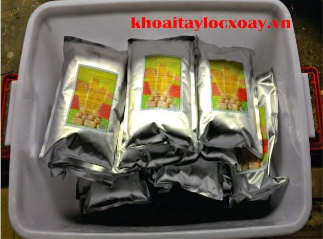 http://www.khoaitaylocxoay.vn/2014/12/bot-pho-mai-twister-cua-nguoi-viet-vi.html