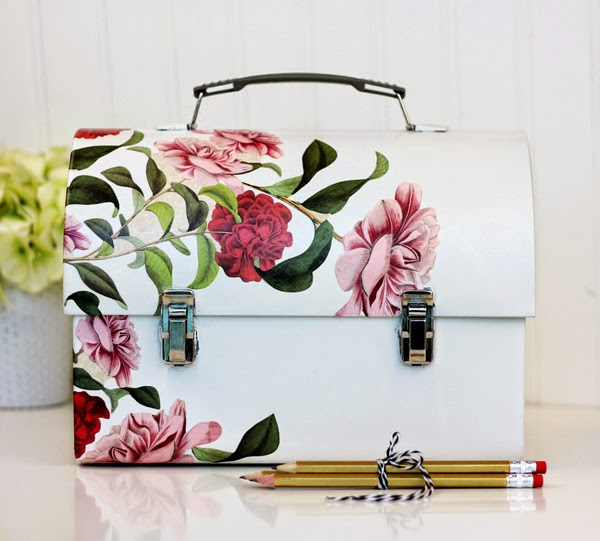 Makers + Shakers Damask Love decoupage lunchbox