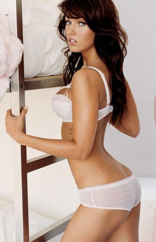 Megan Fox Hot Bikini 2 Live jasmin   live chat