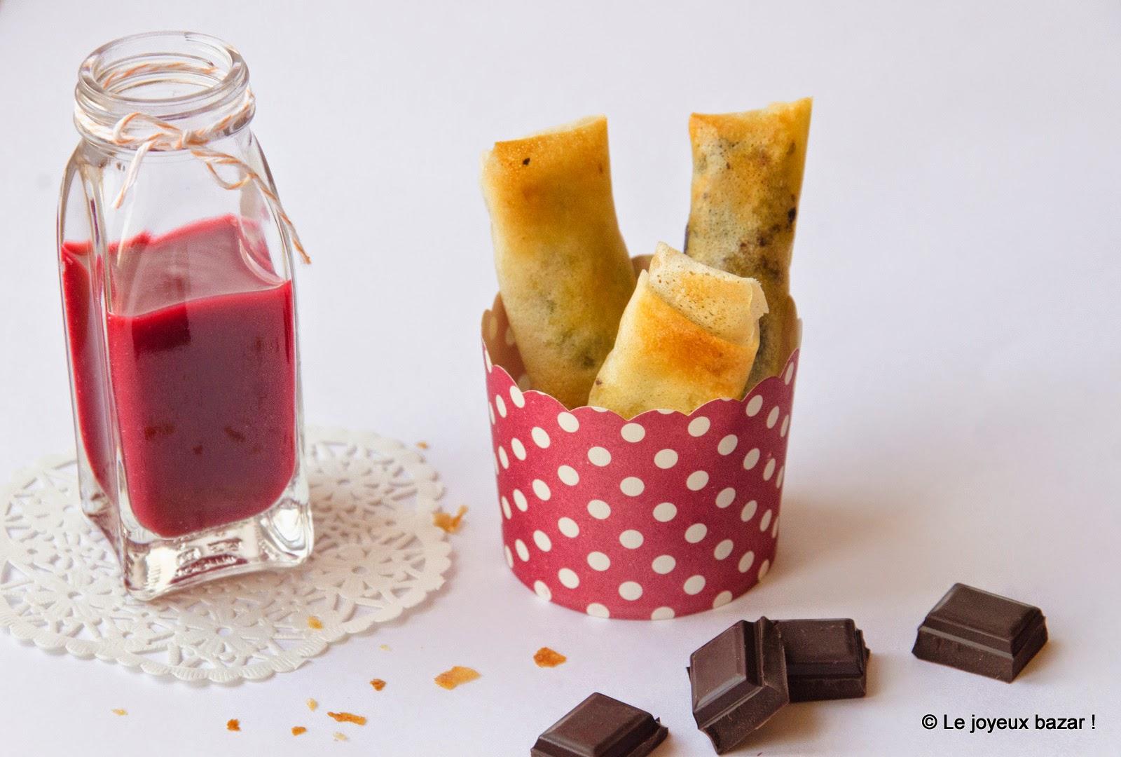 Recette nems banane chocolat et coulis de framboises