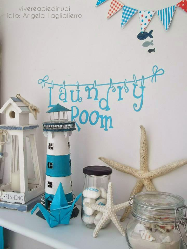 ... La deliziosa lavanderia di Angela - Building a small cute laundry room
