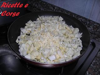 spaghetti con broccolo bianco e semi di zucca (spaghetti verrigni)
