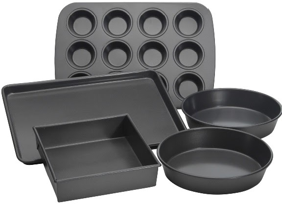Different Cake Pans Used In Baking