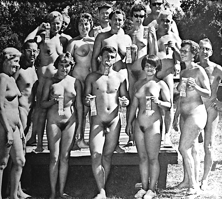Vintage Nudist Glen Eden Family | Download Foto, Gambar ...