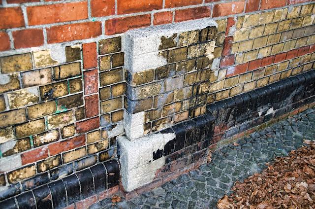 Baustelle Mauer Restauration, Park am Nordbahnhof, Gartenstraße, 10115 Berlin, 31.11.2013