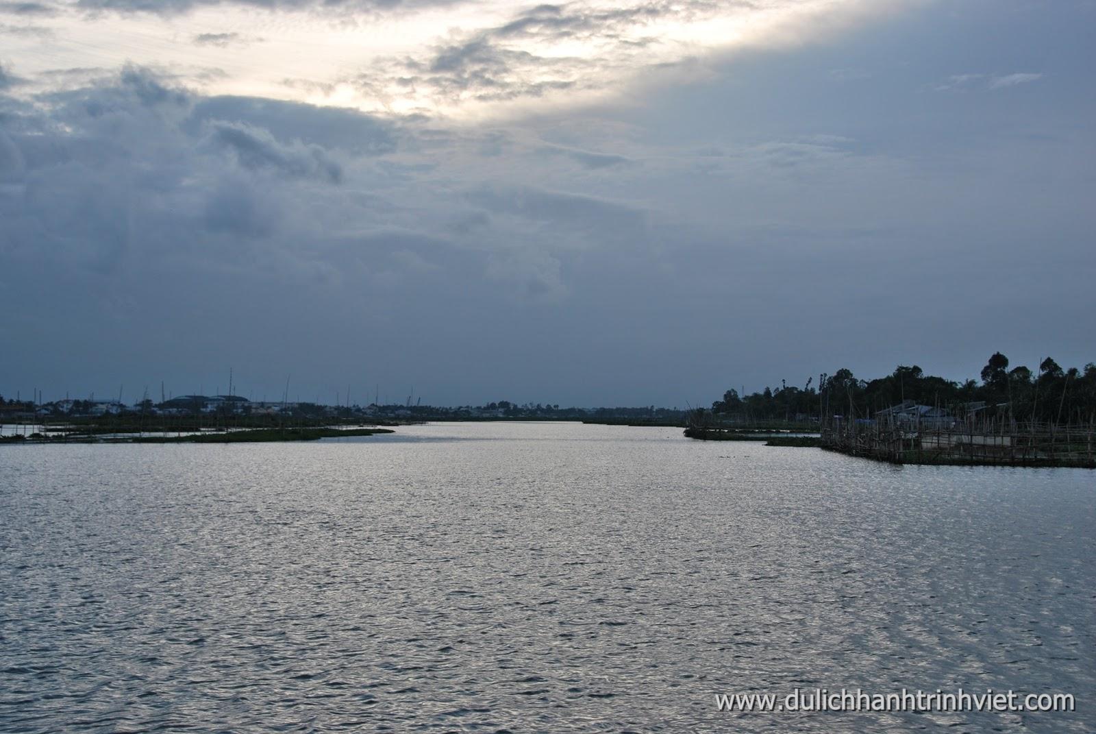 Mênh mông sông nước Hậu Giang, Long Xuyên