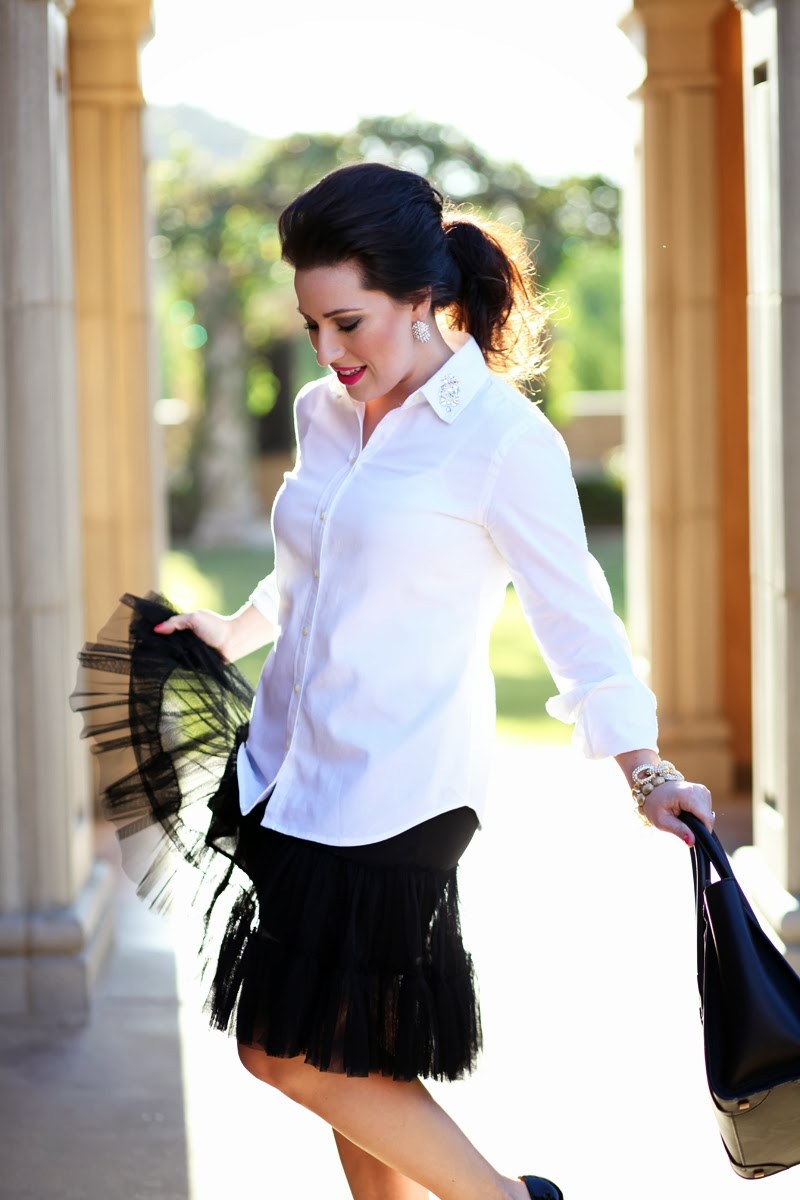 tulle-skirt-white-banana-republic-button-up-king-and-kind-fashion-blog-san-diego