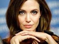 Doppia mastectomia Angelina Jolie