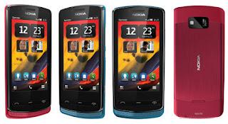 Ponsel Nokia 700