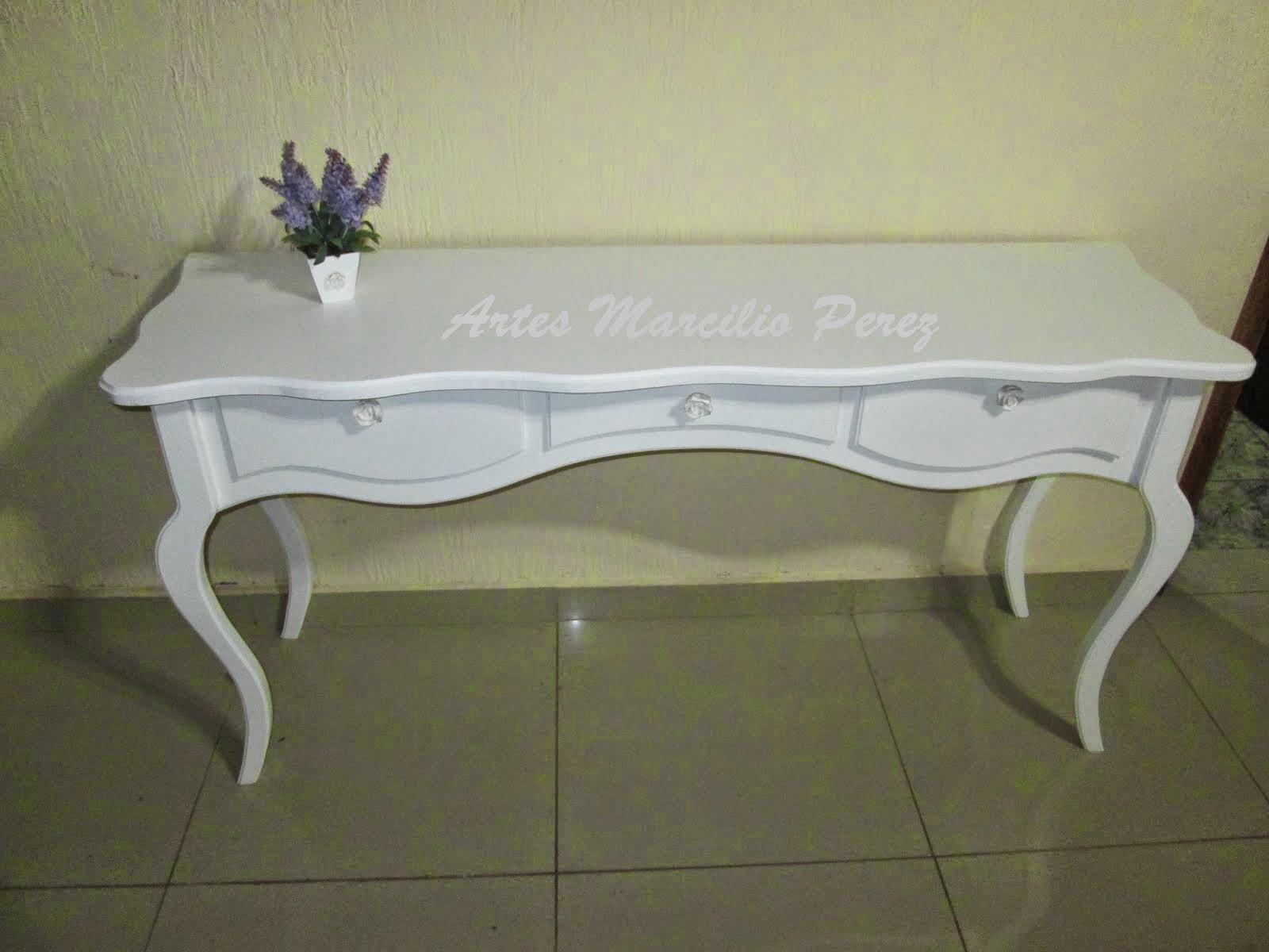 mesa 3 gavetas modelo Luiz XV