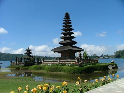 Ulun Danu Temple