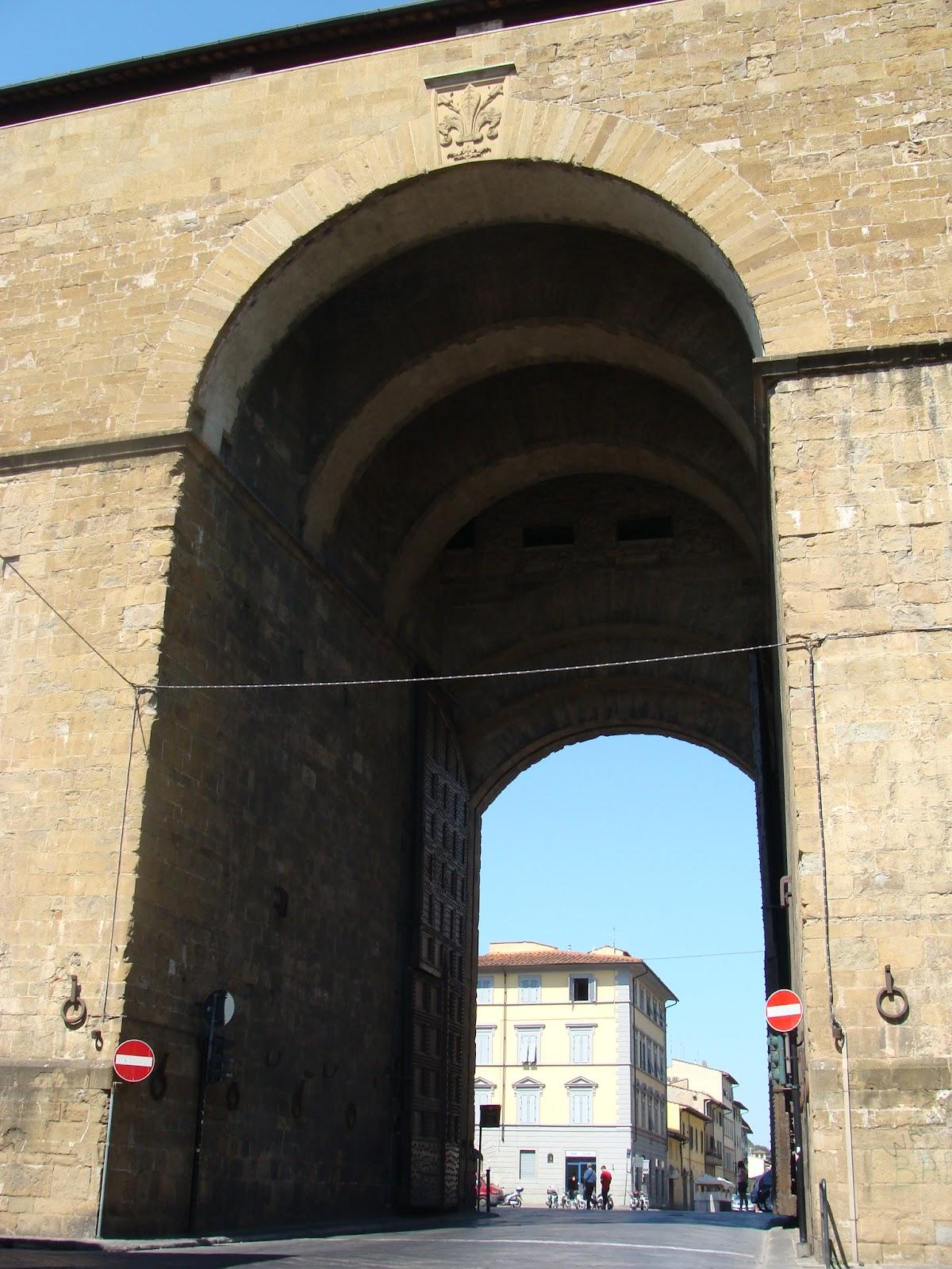 voragine porta romana florence - photo#31