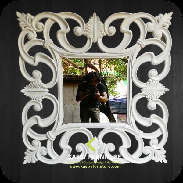 jual Cermin Dinding Ukiran Klasik Putih