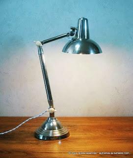http://www.autrefois-la-lumiere.com/2015/05/lampe-de-bureau-super-chrome.html