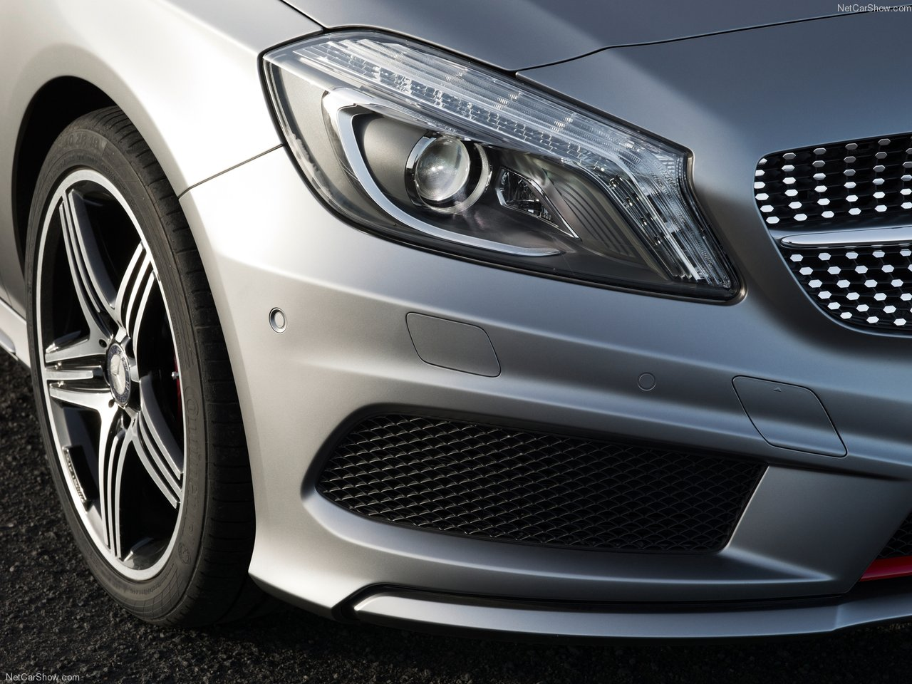 Diamond grille and bigger air intake hint for a250 engineered by amg