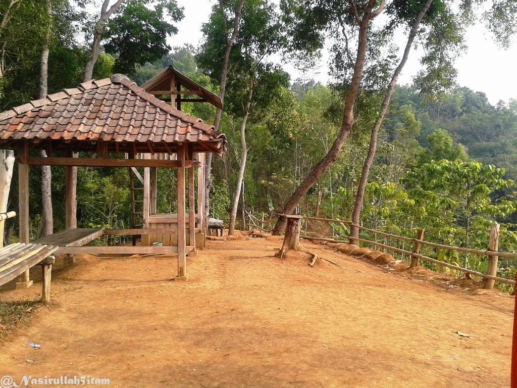 Tempat untuk memandang sunrise dan puncak Candi Borobudur