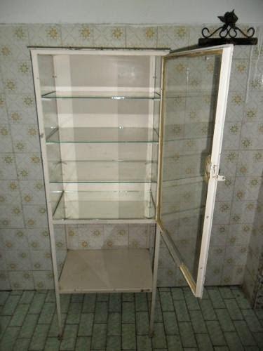 Artesanato Para Vender ~ VINTAGE RETR u00d4 E OUTROS  Reforma do armário de farmácia