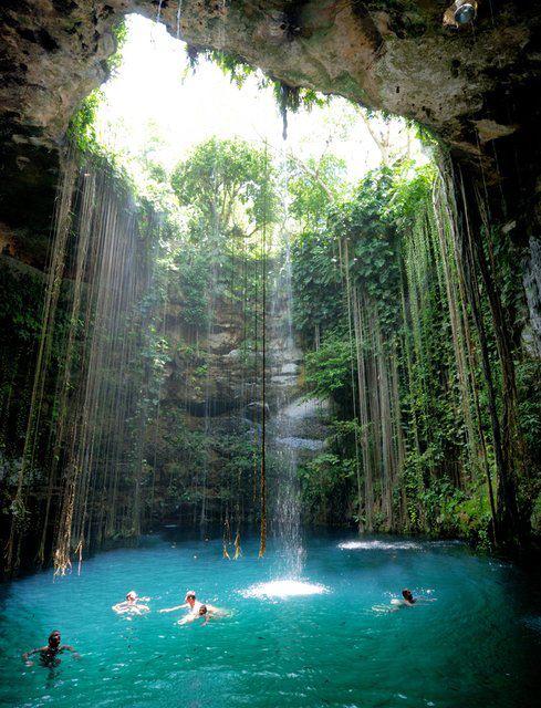 Ik kil Cenote, Maxico