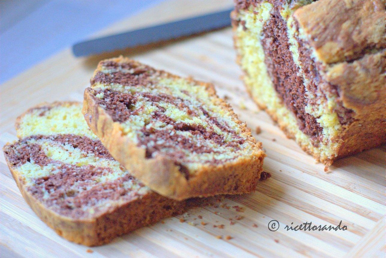 Plumecake variegato al cacao effetto marmorizzato ricetta dolce