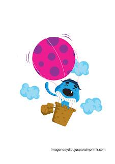 Gato volando en globo