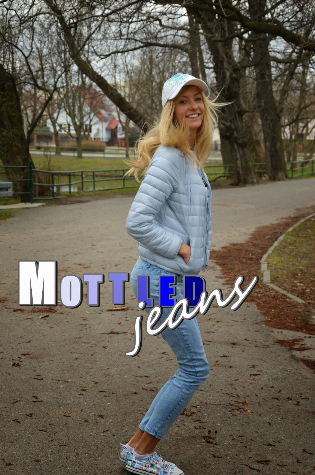 Mottled jeans