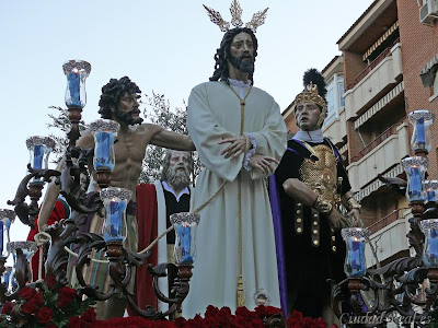 http://1.bp.blogspot.com/-s0-2qZWeAR8/UUnBJK-M1-I/AAAAAAAABTE/dAWexu9dza0/s1600/Semana_Santa_2010_El_Prendimiento_30.jpg