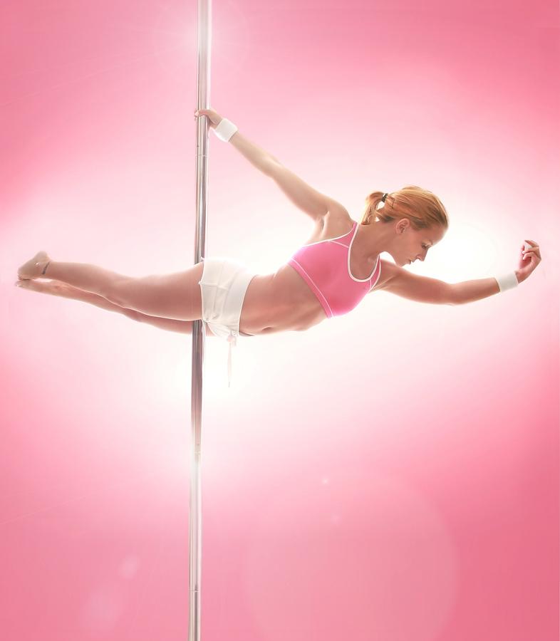 Wonderful world from kaku: 20 Extremely Hot Moves of Pole ...