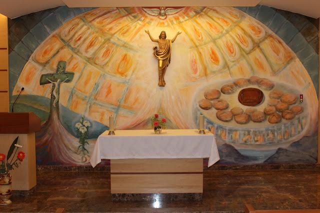 Presbiterio de la capilla