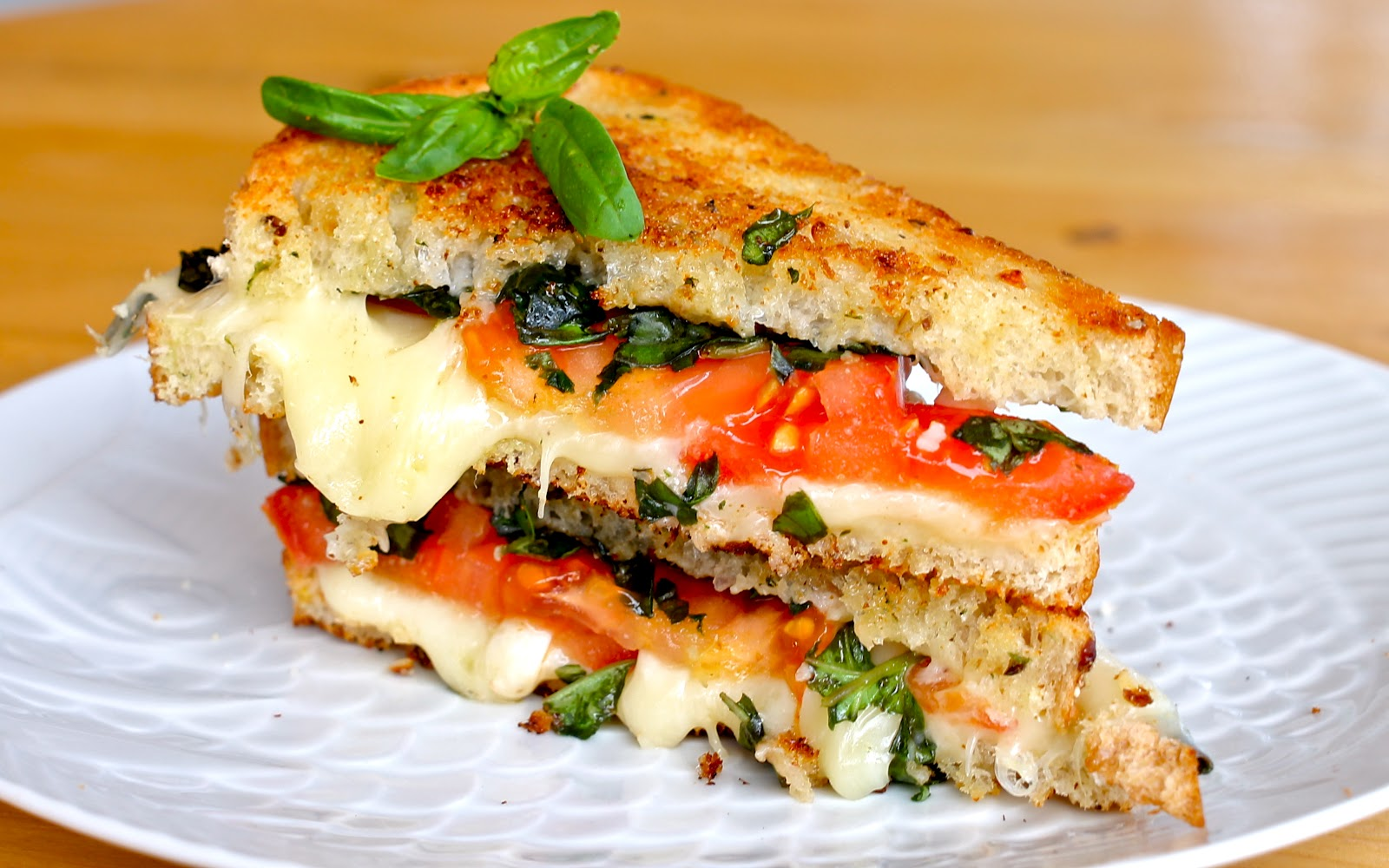 Yammie's Noshery: Caprese Grilled Cheese