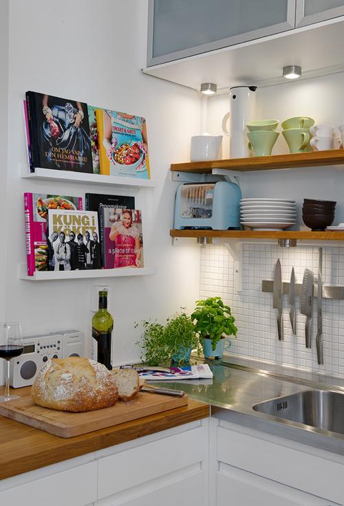 Blog de decora o arquitrecos cozinhas sem arm rios superiores a vez das prateleiras - Keuken petite espace ...