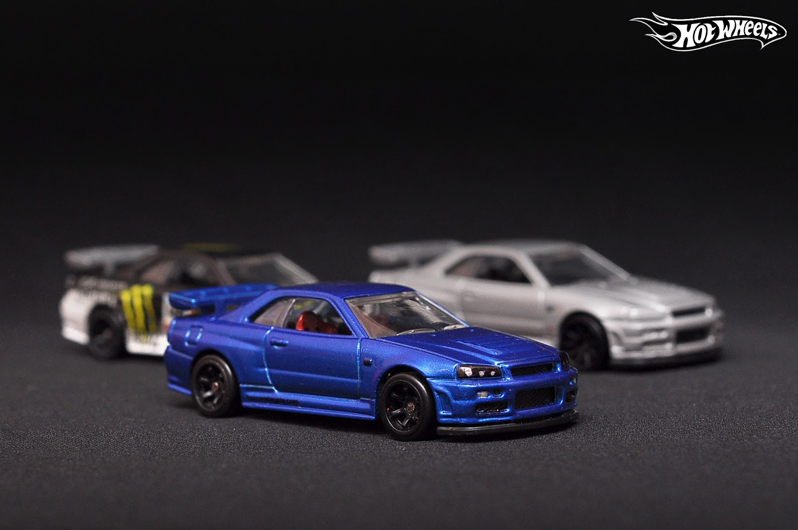my inside hotwheels custom nissan gt r34. Black Bedroom Furniture Sets. Home Design Ideas