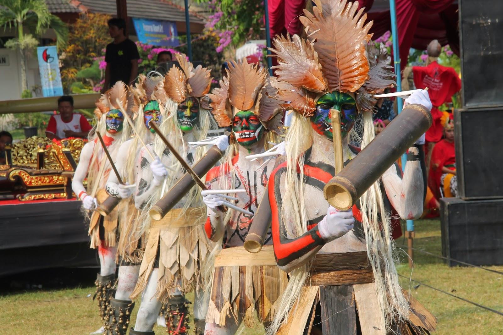 Pementasan Louncing Perdanya Di Ajang Yang Bergengsi Yaitu Acara Festifal Seni Internasional Milik PPPPTK