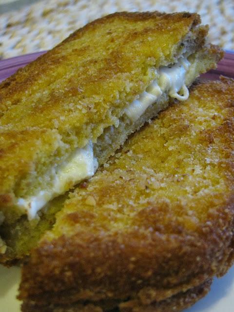 mozzarella (aromatizzata) in carrozza