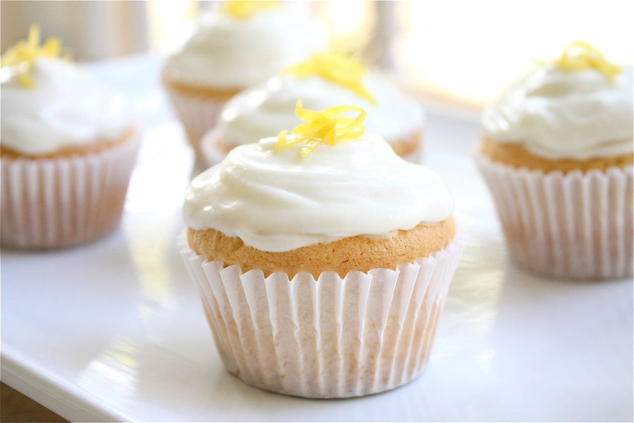 The Apple Crate: Lemon Cream Cheese Cupcakes
