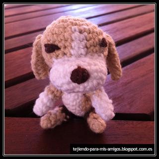 Patron de perrito beagle amigurumi