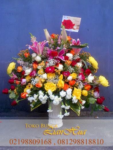 Rangkaian bunga Meja bagus dan mewah