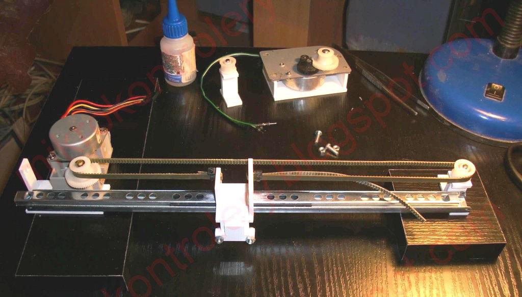 Ploter - Oś Y i koszyk na elektromagnes