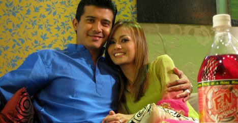 Isteri aktor kacak yang semakin meningkat naik ini, Diyana Halik mula ...