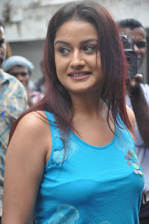 Sonia Agarwal Hot Photo