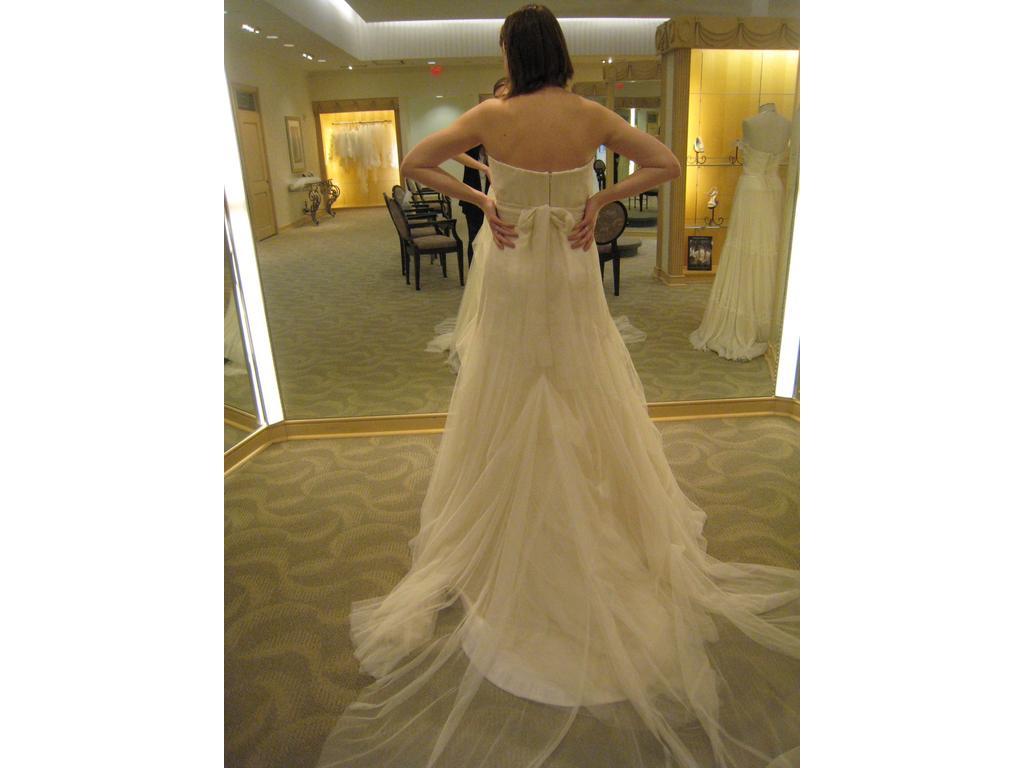 2011 wedding dresses trends cheap wedding dresses by vera wang