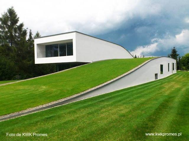 Residencia de diseño ecológico y estilo Contemporáneo en Polonia