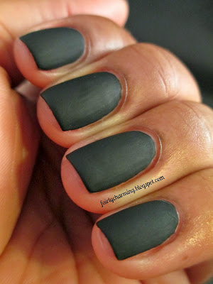 Sinful Colors Whipped, Leather Luxe, swatch, black, matte, leather effect, nails, mani