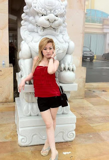 Mikie Jung Khmer Sexy girl with beautiful legs 5