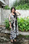 siya gautham glamorous photos-thumbnail-3