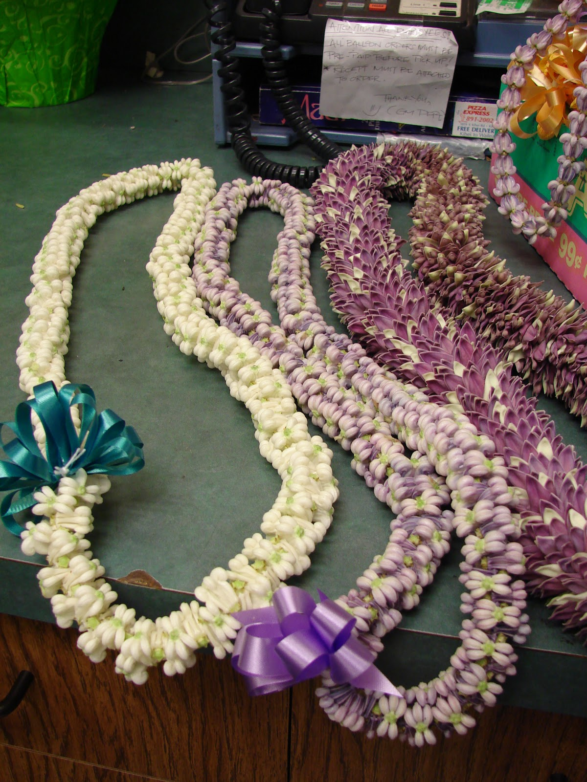 Ganesh chaturthi flowers may flower blog -  Beautiful Garlands Could Be Made Of These Petals And The Stigma Usually The White Colored Variety Is Used In Pujas Root Leaves Latex And Flowers
