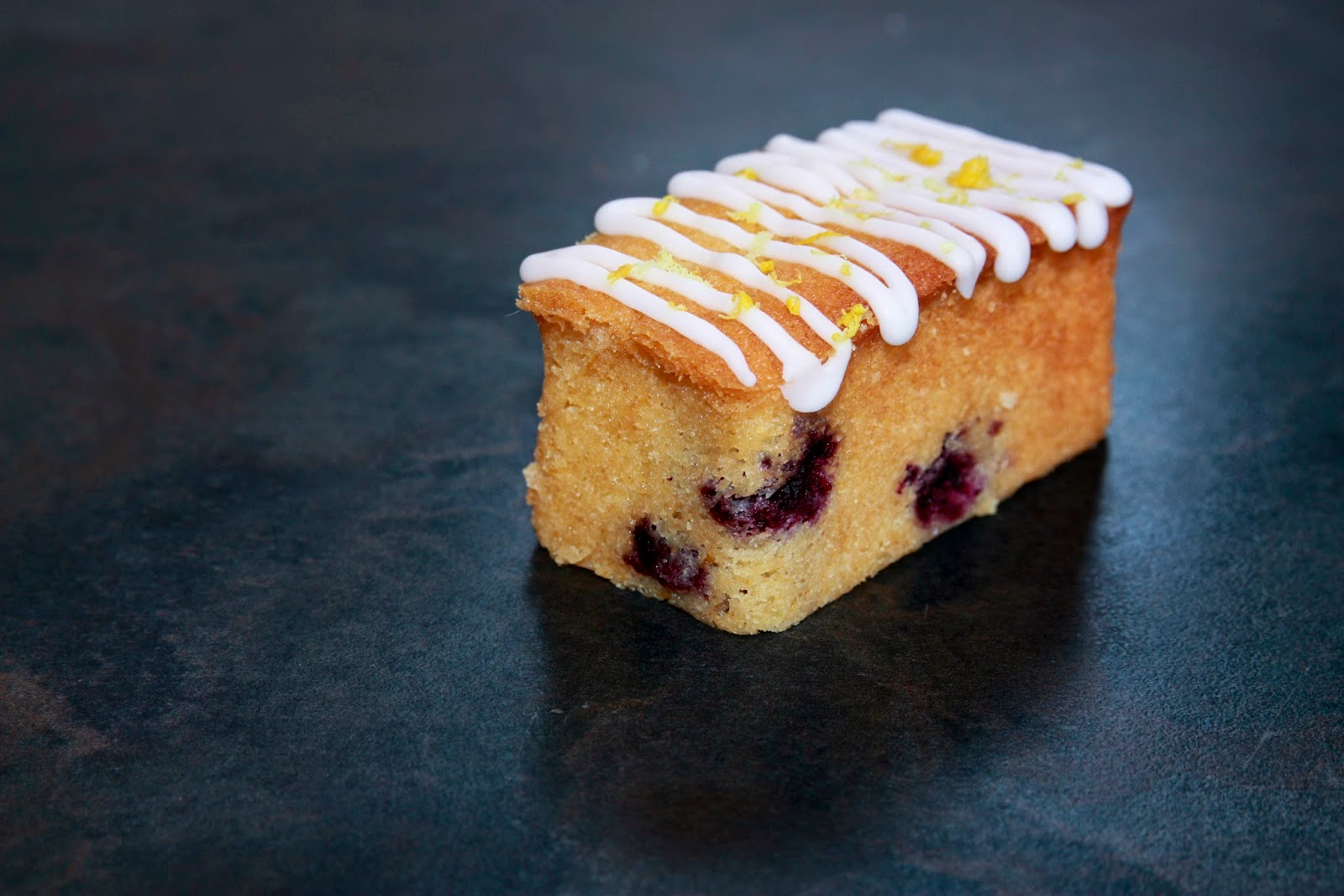 Mini lemon and blueberry loaf cake